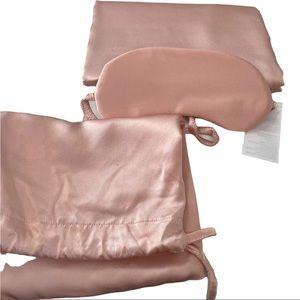 NORDSTROM 100% Silk Pillowcase & Eye Mask Set NEW